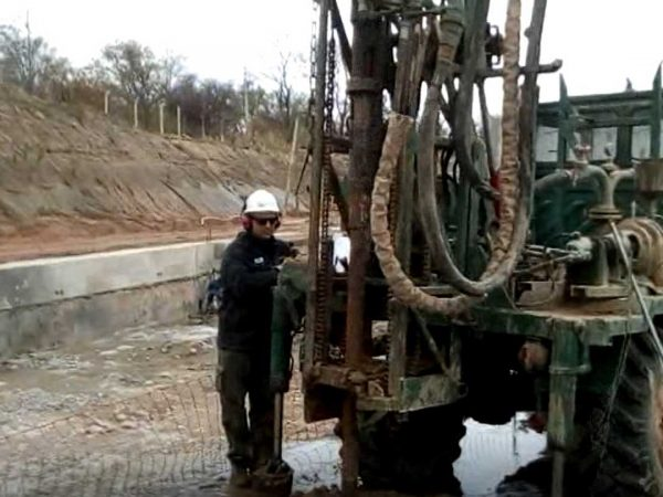 La máquina de perforación usada